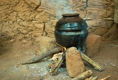"""The Medical Bond: Mud stoves harm health and the air; some """"improved"""" replacements don't do much better"""